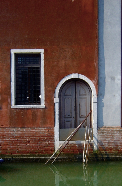 door and window in Venice