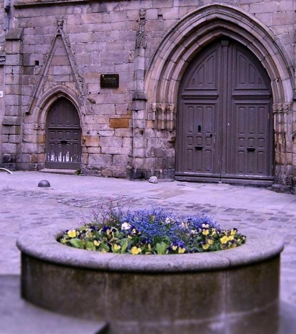 doors to les Cordeliers