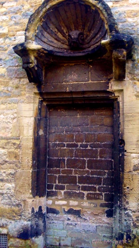 2014 02 18 Doors brick door called Lily jpg sig