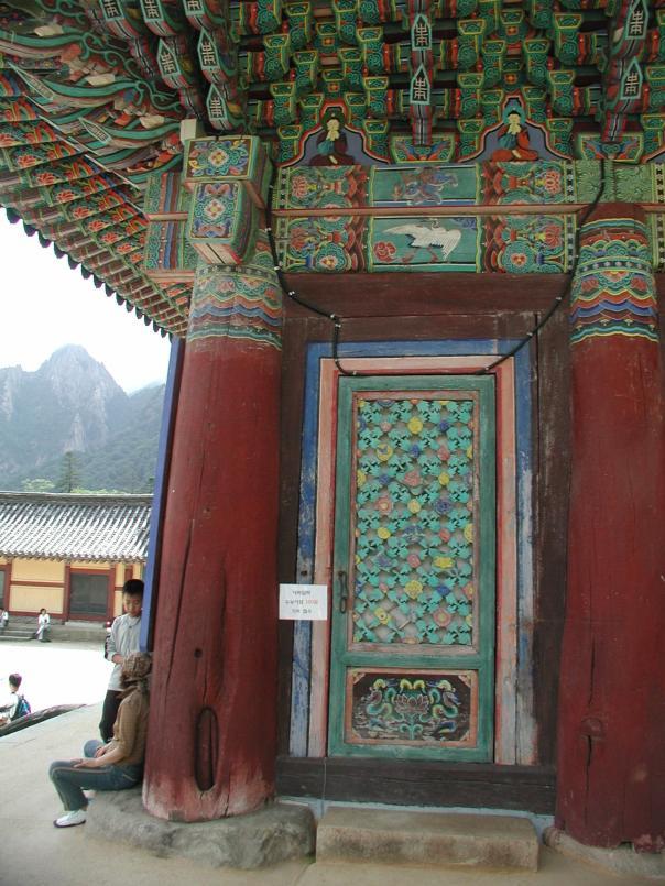 temple door_1536x2048